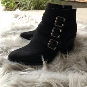 Shoes - Boho Buckle Me Black Bootie